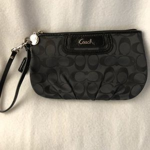 Coach Signature black wristlet